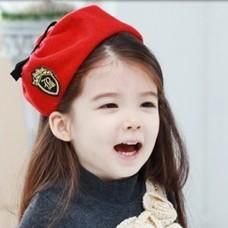 ht-cap-69R ที่คาดผมเด็ก คุณหนูน้อยติดหมวกสีแดง เทรนด์เกาหลี